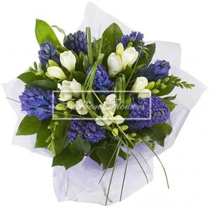 Цветов маленький букет на 8 марта цветы спб